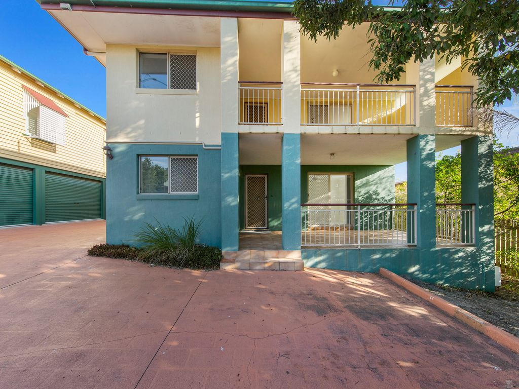 CENTRALLY LOCATED IN THE HEART OF MORNINGSIDE