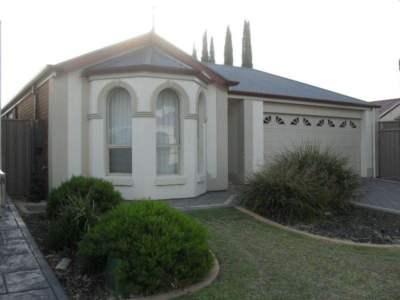 GREAT STUNNING FAMILY HOME AT NORTHGATE