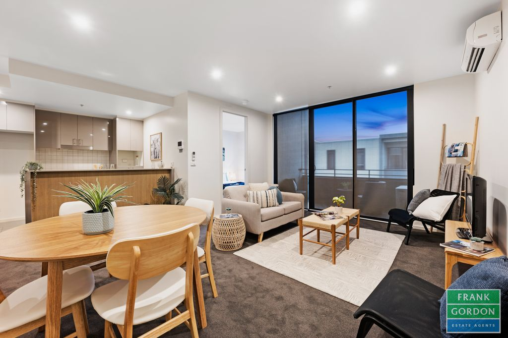 Great Lifestyle, Flair & Lots of Space