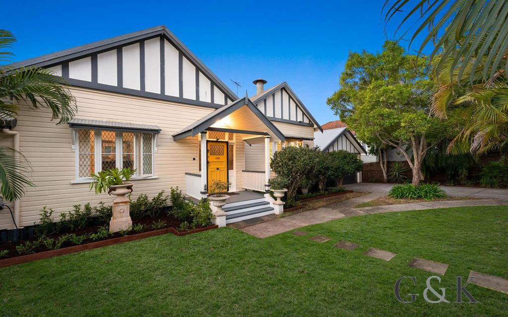 TIMELESS ELEGANCE IN BLUE-CHIP SUBURB ON OVER 1,250m2