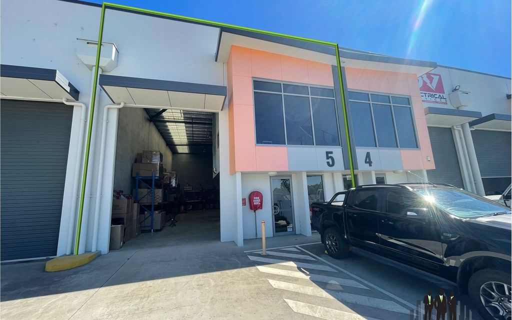 Modern Warehouse + Office