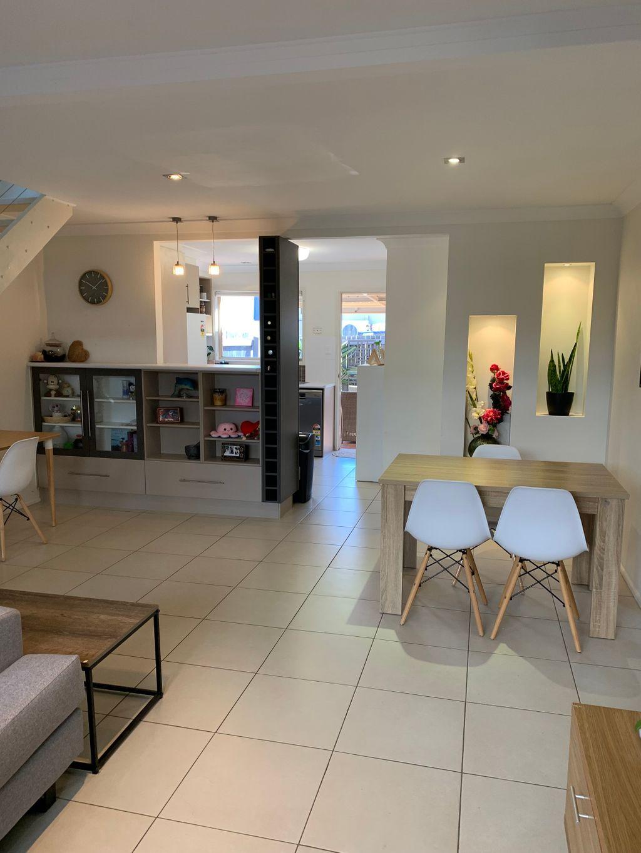 BEAUTIFUL 2 BEDROOM TOWNHOUSE – ORMISTON MANOR