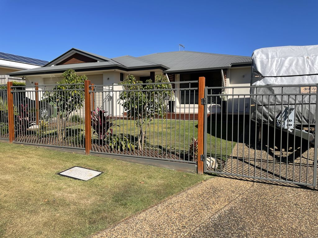 Immaculate presentation  & room for your boat/caravan @ $650 pw  Available NOW. To view email trish@redlandsrealty.com.au