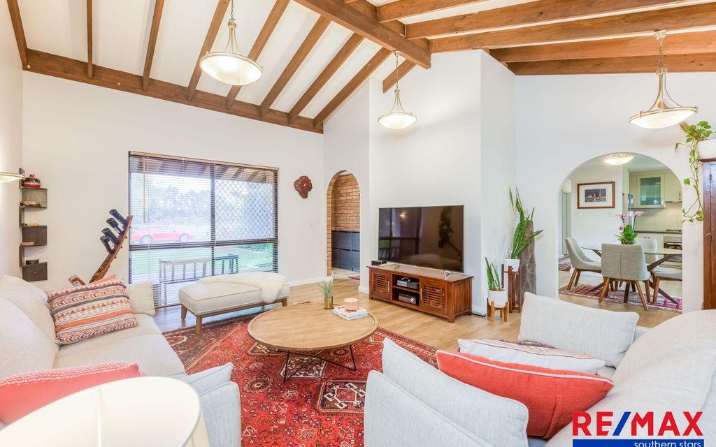 Stylishly Renovated Strata Property, Quality Entry Level Into Leeming!