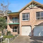 CENTRALLY LOCATED – SPACIOUS 3 BEDROOM TOWNHOUSE