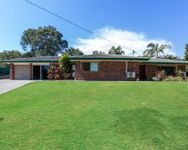 Renovated Family Home on 933m2 – Three Bay Shed/Workshop Included!