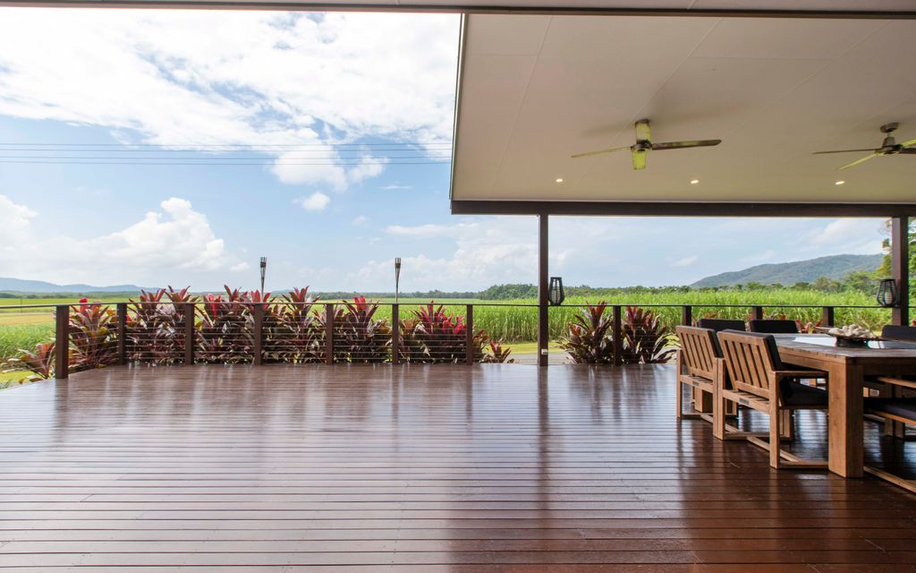 BREATHTAKING VIEWS, STYLISH FAMILY-LIVING & A REALLY IMPRESSIVE SHED – UPCOMING OPEN HOME