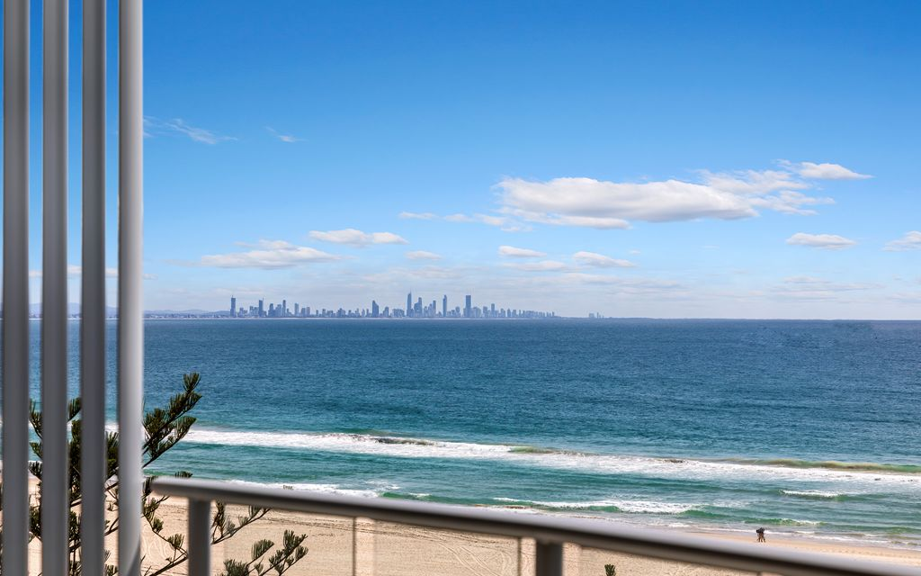 LIVE IT UP AT REFLECTIONS BY THE SEA – FULLY FURNISHED