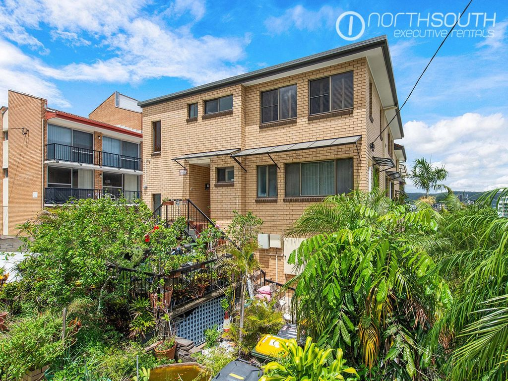 West End One Bedroom Apartment – (Unfurnished)