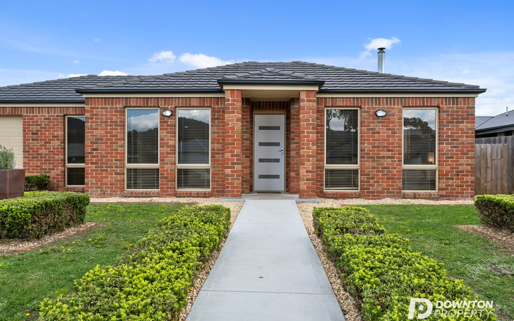 Immaculate Living + Quality Location