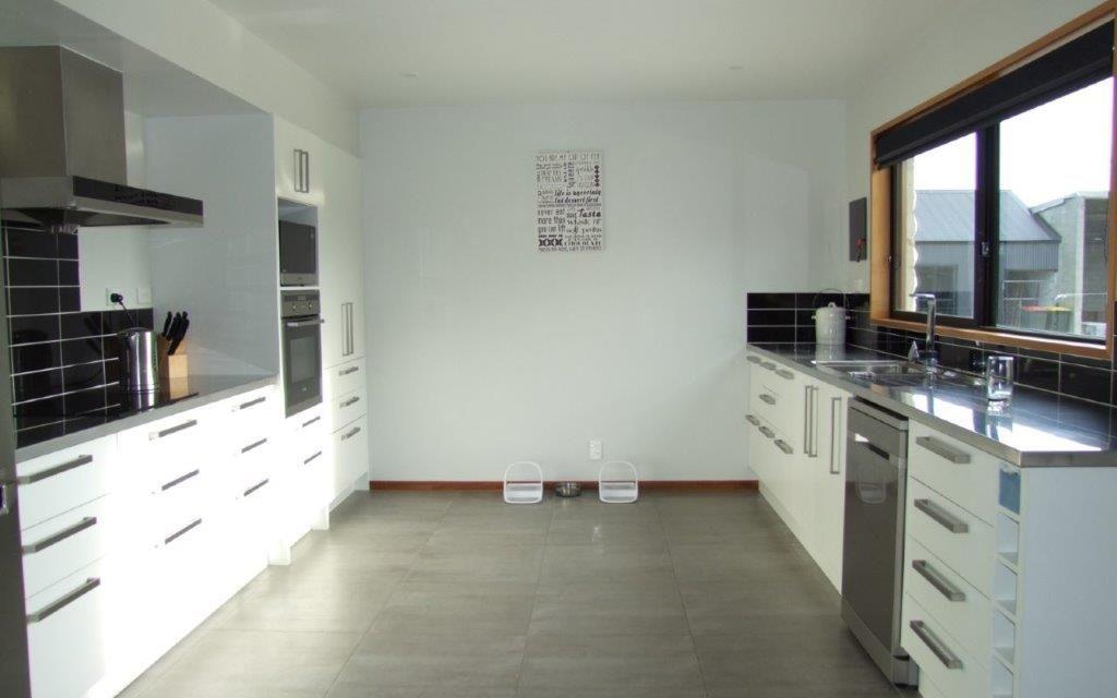 Expansive Home PLUS a Family Unit