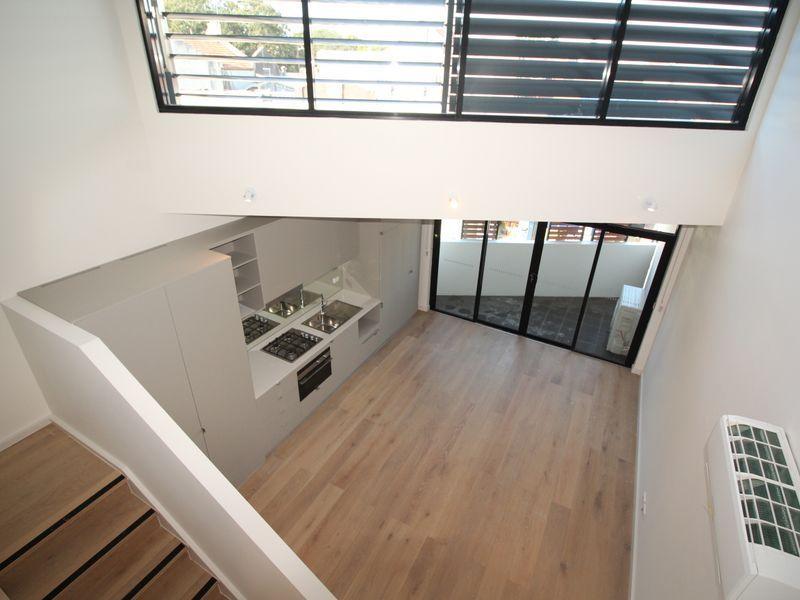 SPLIT LEVEL – 2 BEDROOM UNIT, MORE LIKE A TOWNHOUSE + STUDY NOOK