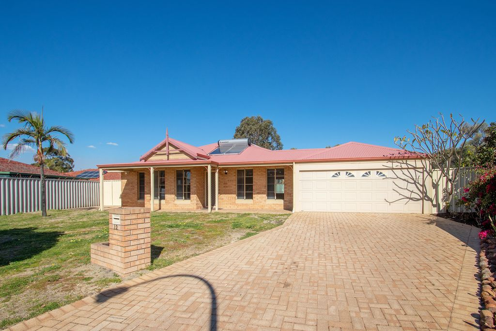 Fantastic Family Residence Sitting Behind a Wonderful Park!