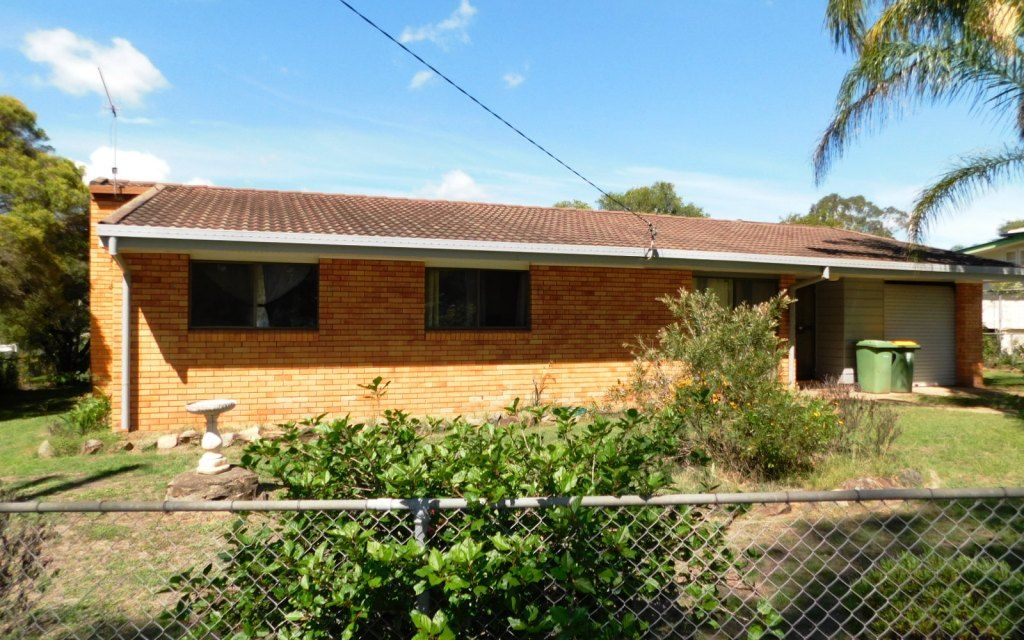 Lovely home in Yarraman