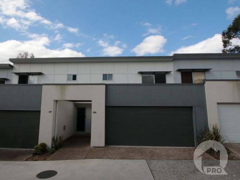 Modern Townhouse with a Fantastic Location