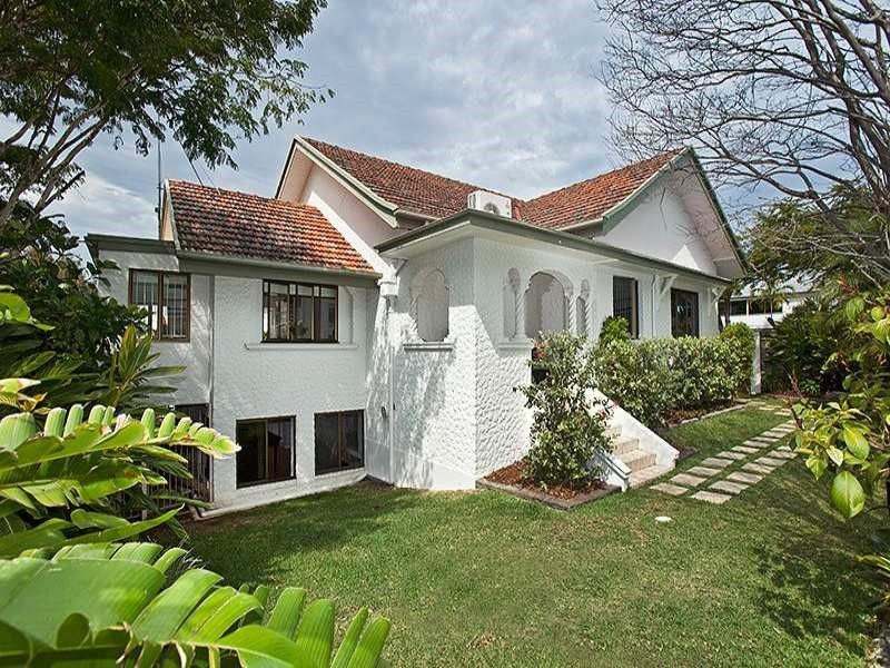Character Home (circa 1930) in Desirable Location