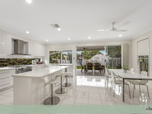 Modern Easy Living with Two Street Frontage
