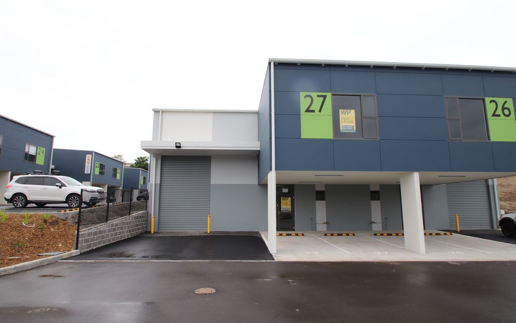 Tenanted, Near New Industrial Unit
