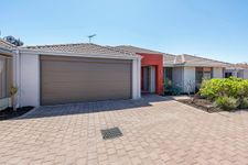 SPACE, PRIVACY & CONVENIENCE – INGLEWOOD BORDER LOCATION!