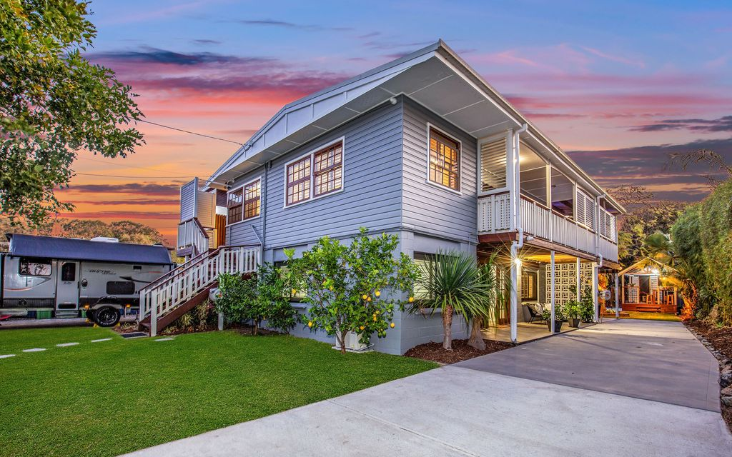 Classic Queenslander – Renovated for a Contemporary Lifestyle