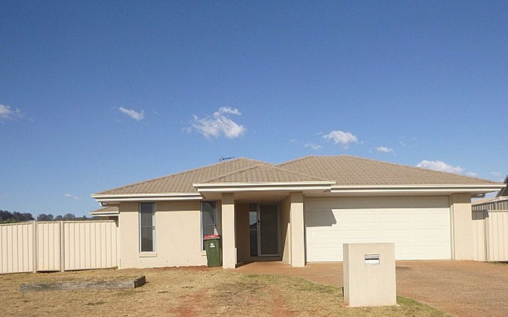 4 Bedroom Family Home