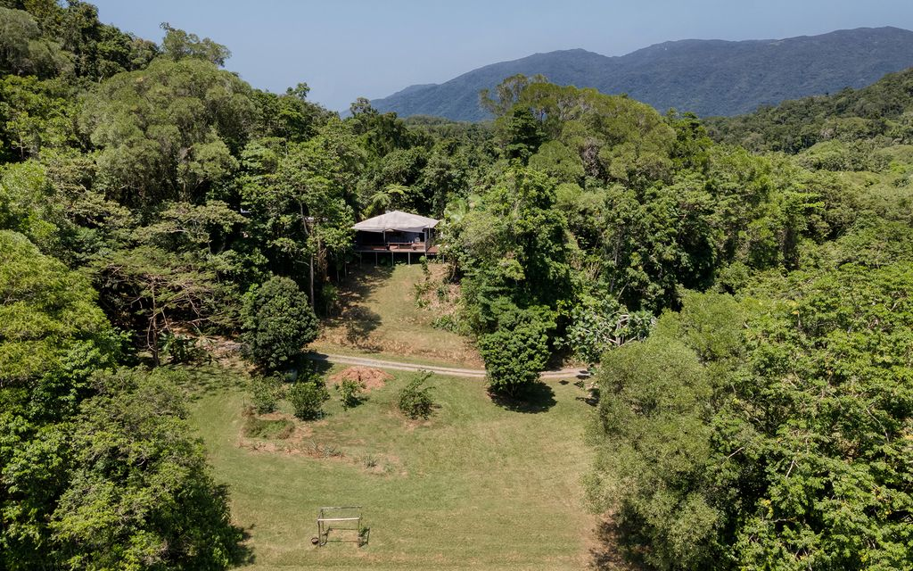 THE 'WOW' FACTOR –  THE VIEW FROM YOUR DECK – RARE HOUSE & COTTAGE PACKAGE