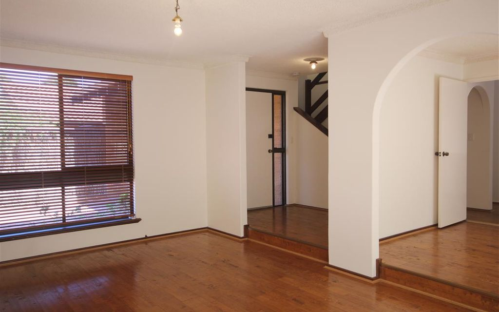 Spacious 3 Bedrooms Town House