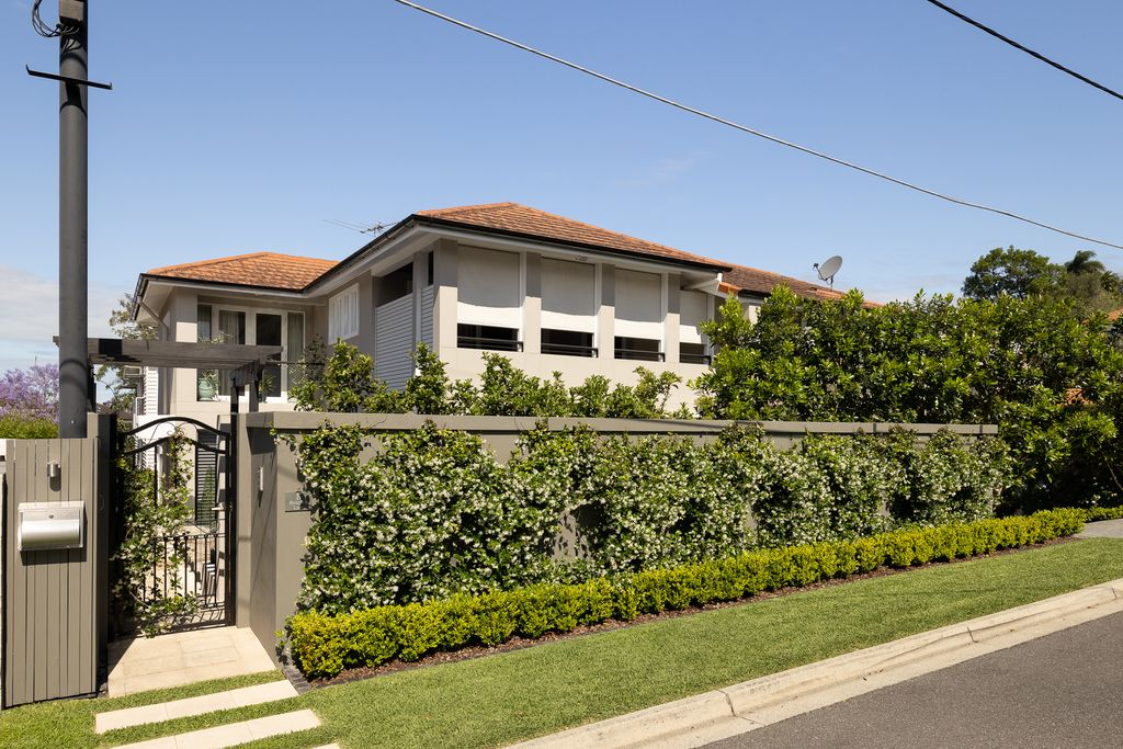 Executive style family residence in coveted location