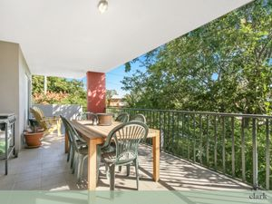 Beautiful two bedroom apartment with outdoor entertainers balcony