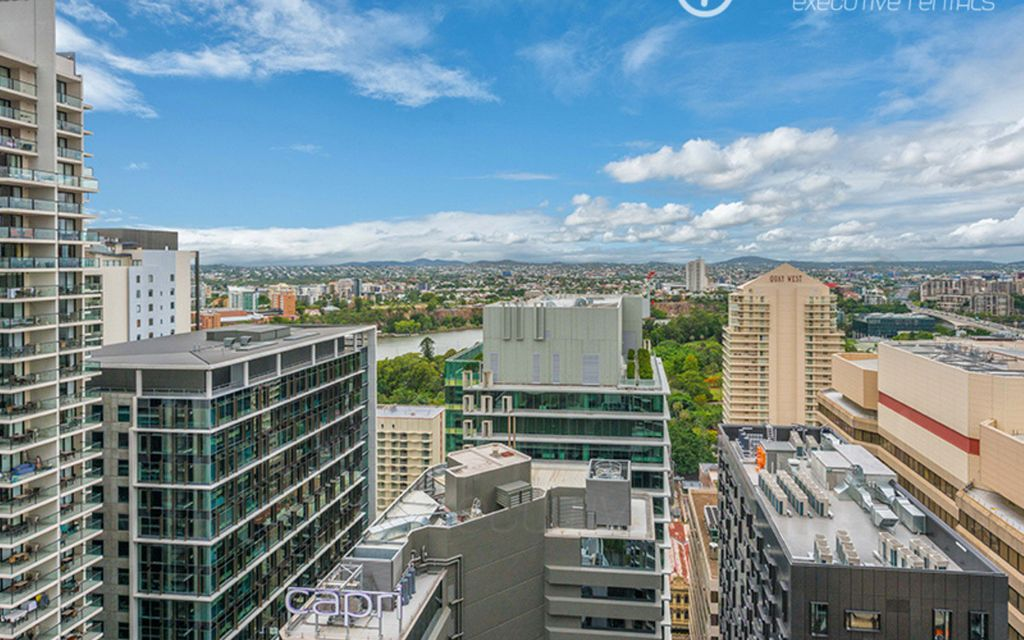 Contemporary Apartment in the CBD   Fully Furnished