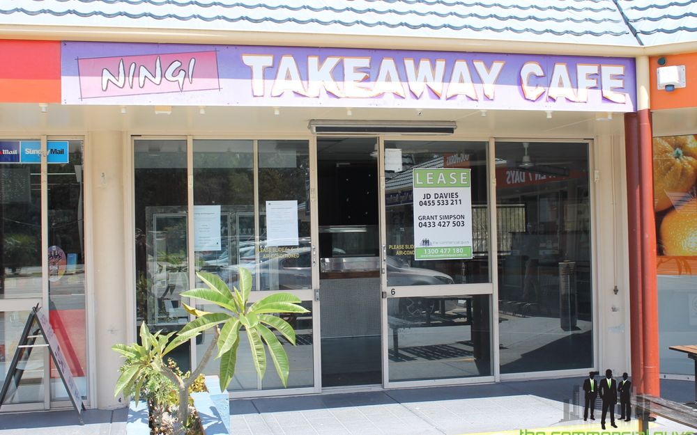 Fitted Out Takeaway Store In Busy Complex