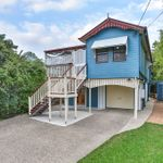 FAMILY HOME IN HIGH SIDE OXLEY