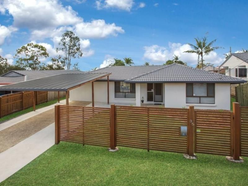 Renovated Lowset in Central Albany Creek!
