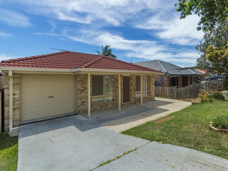 LOWSET BRICK HOME IN PERFECT LOCATION!