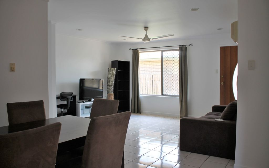 PRIVATE, SELF CONTAINED & FURNISHED PROPERTY