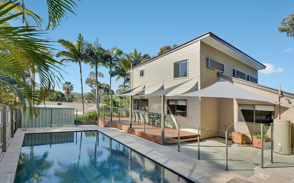 Spectacular lifestyle Mount Coolum dual living residence