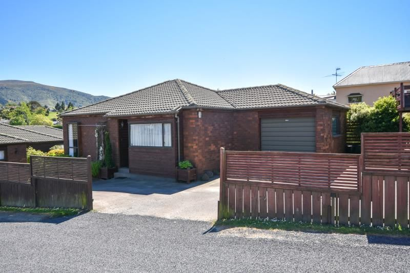 EASY LIVING IN SOUGHT AFTER LOCATION