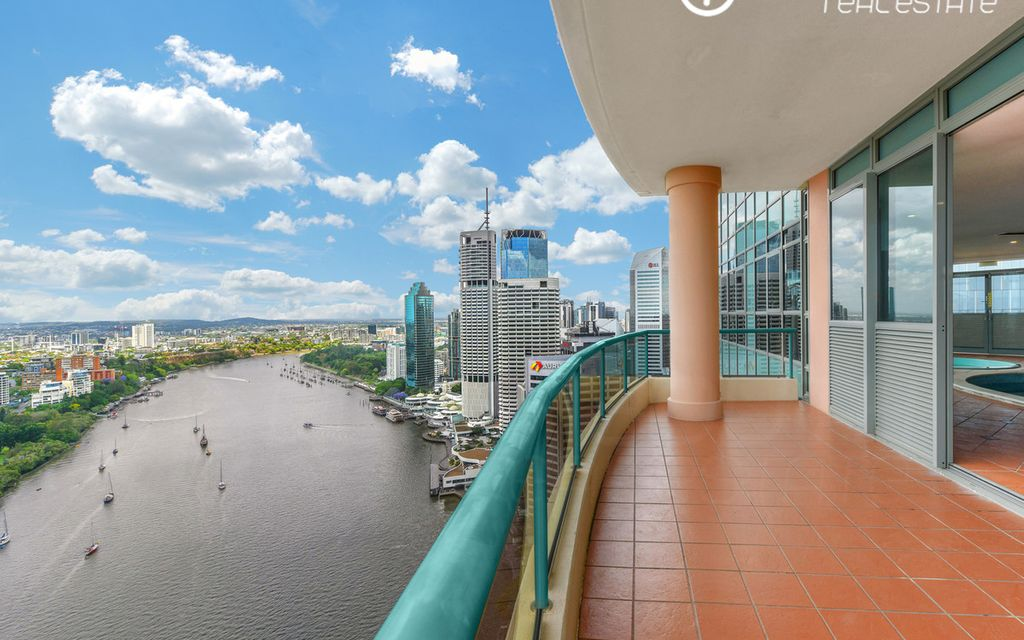 Admiralty Towers Sub-Penthouse | The epitome of grand-scale Riverside Living