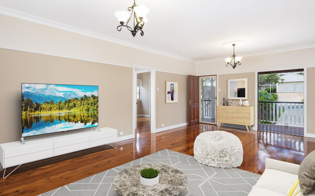 Stunning fully renovated Queenslander with dual living opportunity