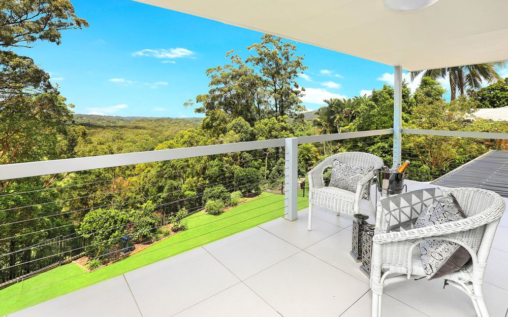 Impressive family friendly home with mesmerising coastal views with dual living potential