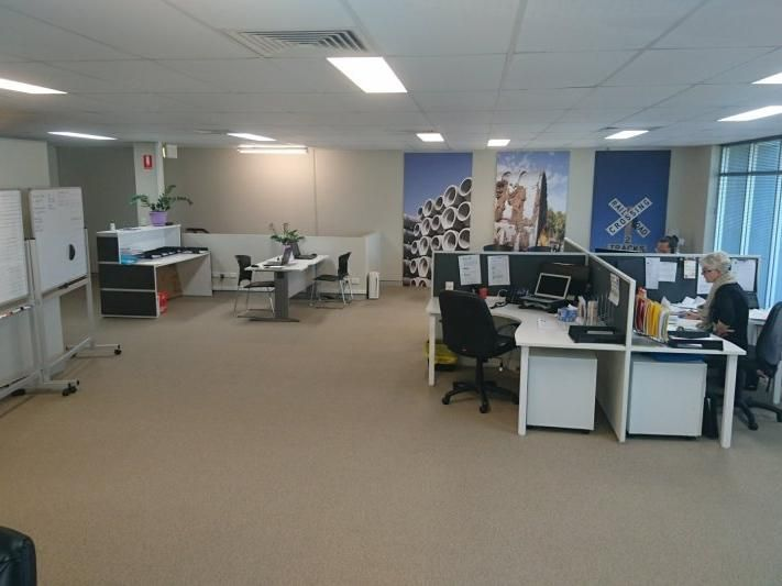 Spacious first floor office