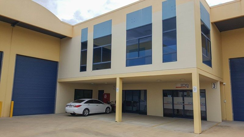 Large Clean Warehouse & Office Space