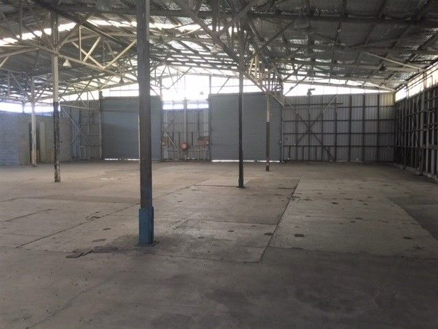 Large Warehouse WITHOUT The Large Price Tag