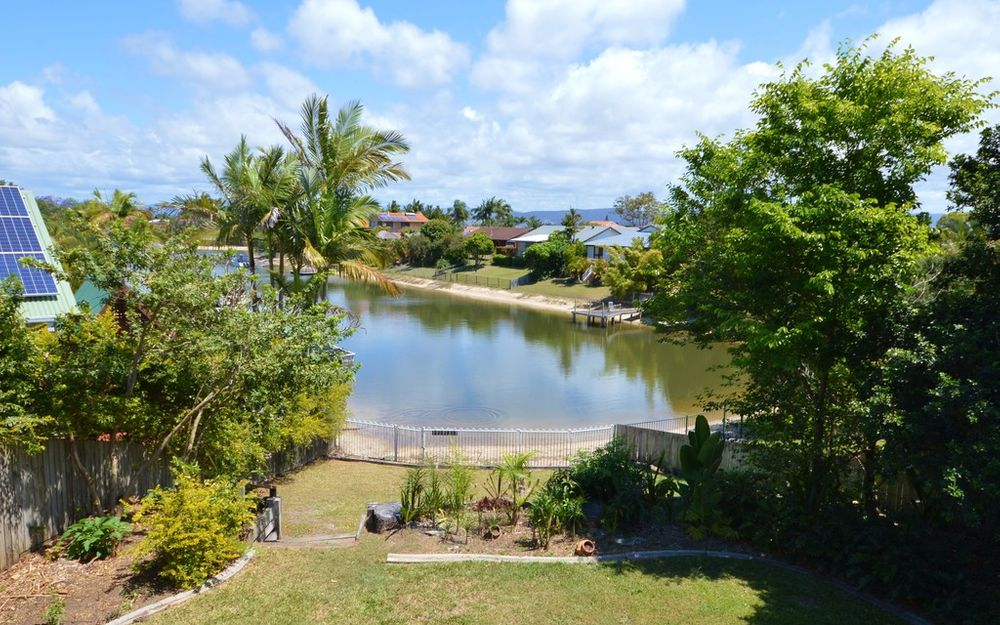 WATERFRONT WITH LARGE FULLY FENCED BACKYARD! AVAILABLE NOW !