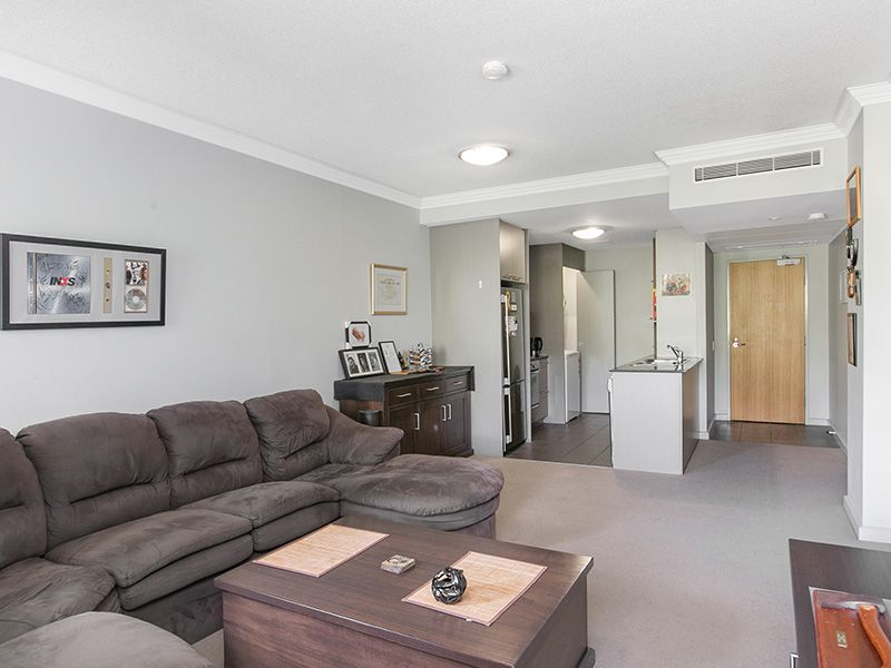 Tranquil Apartment Living just 2km from CBD