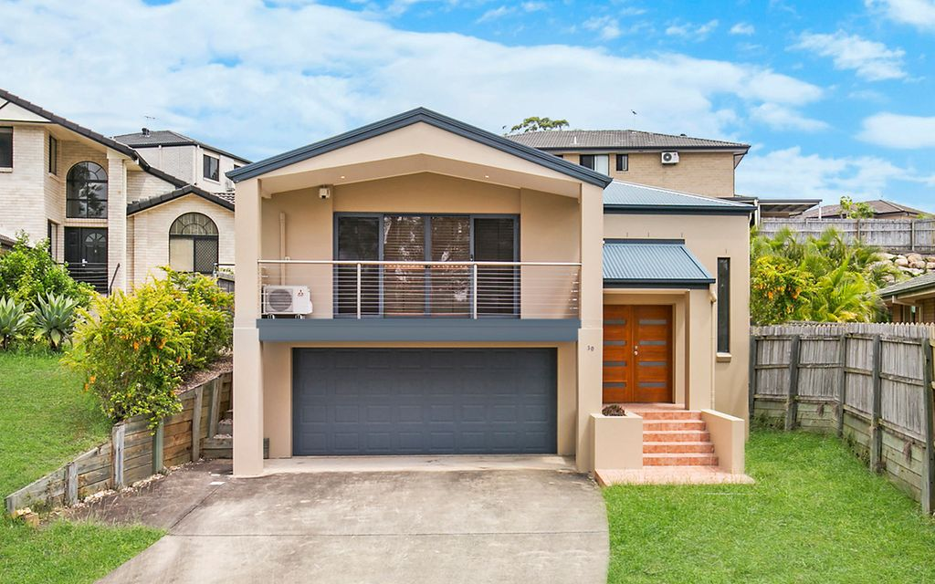 Quiet Street, Warrigal State School Catchment – Your Family Home!