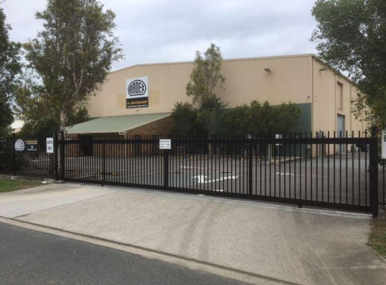 HUGE Warehouse + Office In Brendale