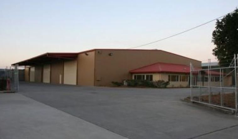 HUGE Warehouse and Hardstand Area