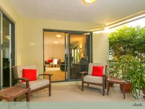 200sqm Ground Floor Penthouse with Double Lock Up Garage