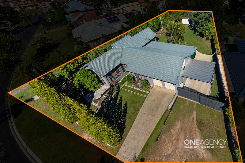 Great Home, BIG LAND 1318sqm Block!!!